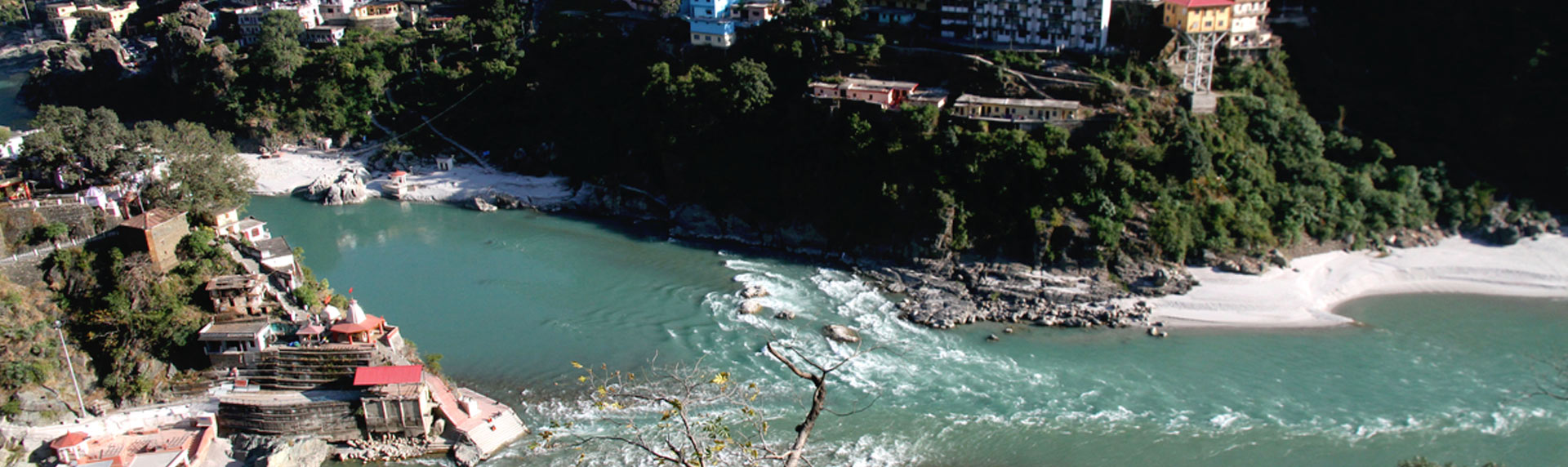 Rudraprayag sangam of Alaknanda and Mandakini river is one of the Panch Prayag in Uttarakhand